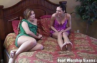 feet, fetishes, footfetish, footjob, heels, ladies, hornylesbo, sapphic erotica